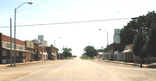 Live shot of Ames Main St., looking east, July 2000